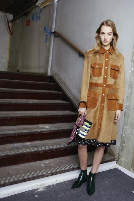 Louis-Vuitton-Pre-Fall-2015-Bag-Campaign-13