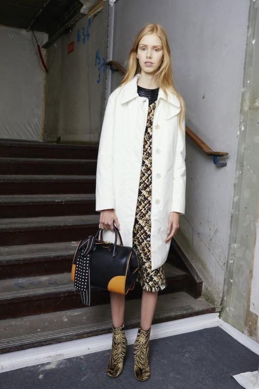 Louis-Vuitton-Pre-Fall-2015-Bag-Campaign-14