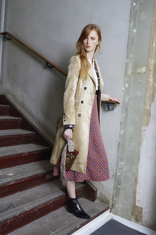 Louis-Vuitton-Pre-Fall-2015-Bag-Campaign-15