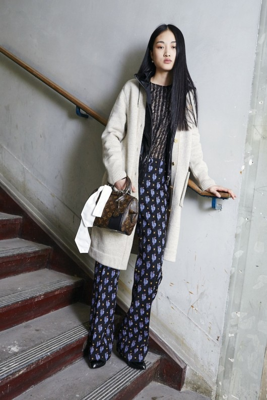 Louis-Vuitton-Pre-Fall-2015-Bag-Campaign-3