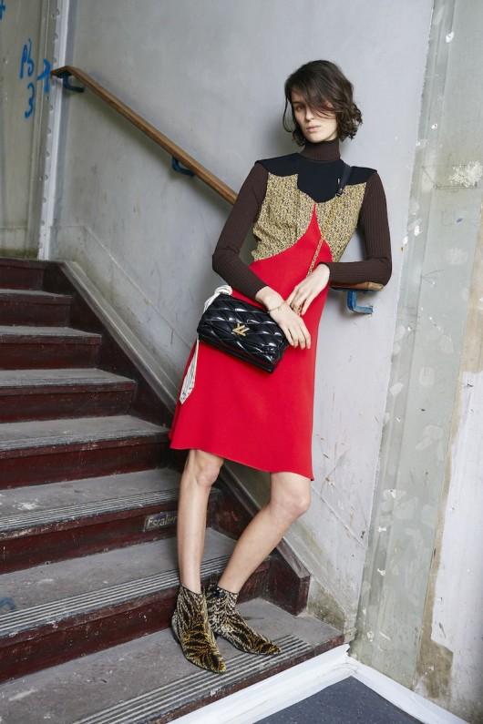 Louis-Vuitton-Pre-Fall-2015-Bag-Campaign-4